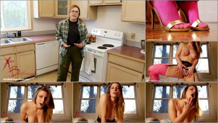 Xev Bellringer Unattractive Roommate Turned Into Cum Slut ManyVids [2K UHD 2160p]