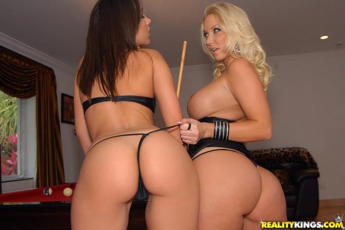 Molly Cavalli, Sinndy - Nine Ball [FullHD 1080p] (3.13 Gb) WeLiveTogether/RealityKings
