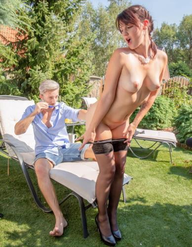 Elena Vega aka Amanda Hill, Mila Milan - Poolside Orgy For Busty Agents (HD)