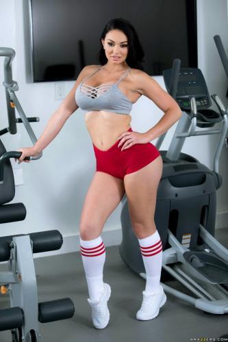 Brooke Beretta - Workout Sex Club (FullHD)