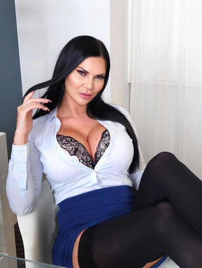 Rimming Girls Jasmine Jae in A MOTHER WILL DO ANYTHING FOR HER SON...EVEN TAKING BBC UP THE ARSE! [2160p | 3.07 Gb]