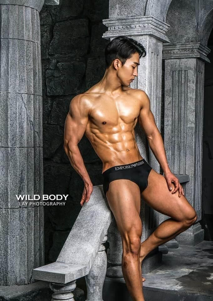 jinkyu kim, man of the world 2020. Lgxzs4vg