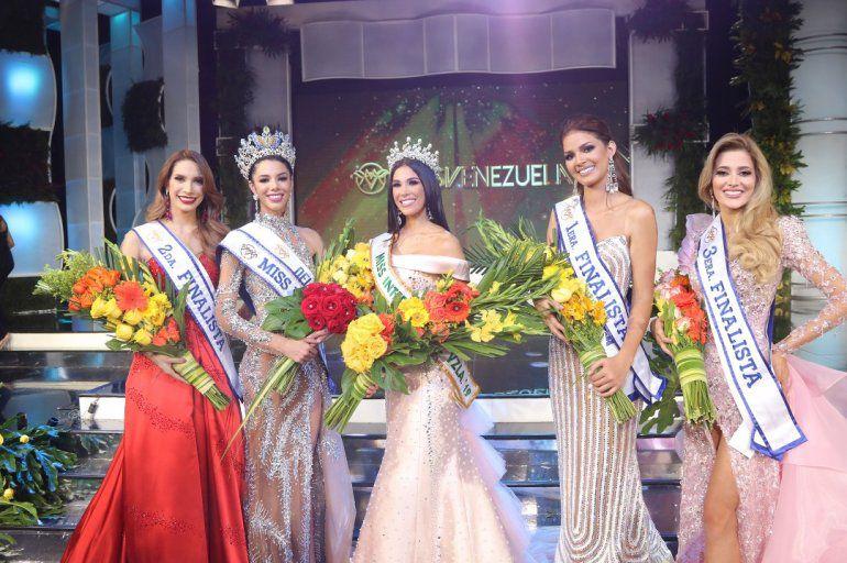 """Miss Venezuela, Thalía Olvino, denuncia """"maltratos y abusos"""" Bdfkcjzo"""