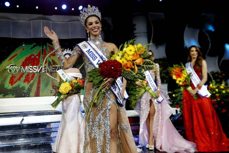 """Miss Venezuela, Thalía Olvino, denuncia """"maltratos y abusos"""" Vwfx3svy"""