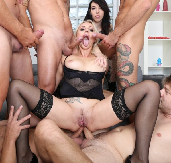 Brittany Bardot, Giada Sgh - Squirt, Pee, Brittany Bardot Drinks everything with Balls Deep Anal, DAP, Gapes, Buttrose, Creampie, Swallow GIO1593
