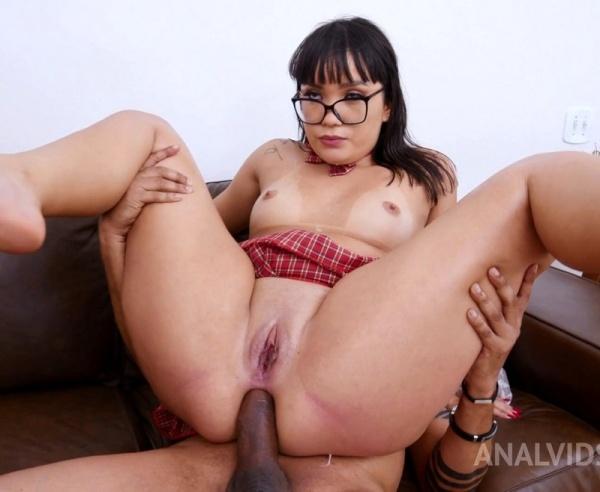 Big Butt Slut Lina Nakamura Assfucked In Threesome With Double Penetration YE022