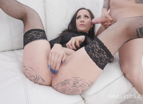 Natasha Ink Vs 2 BWC, 2 BBC Wet, Balls Deep Anal, DAP, Gapes, Pee Drink, Creampie, Swallow GIO1465 1080p