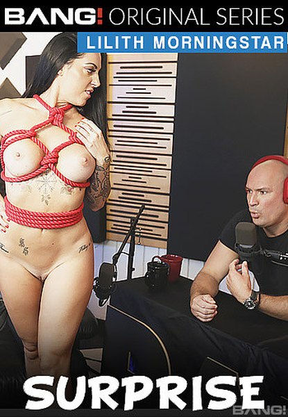 Lilith Morningstar - Lets Us Get To Know Her And Her Pussy
