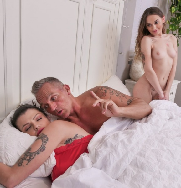 Joslyn James, Sera Ryder - Reunited 1080p