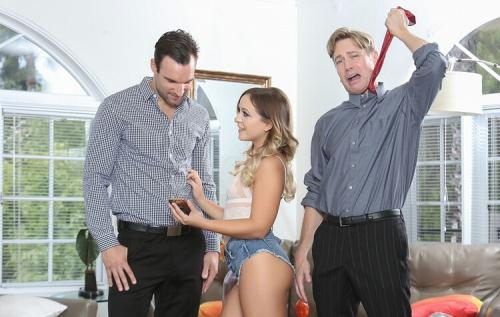 Cleo Vixen - Chaser Learns A Lesson (FullHD)