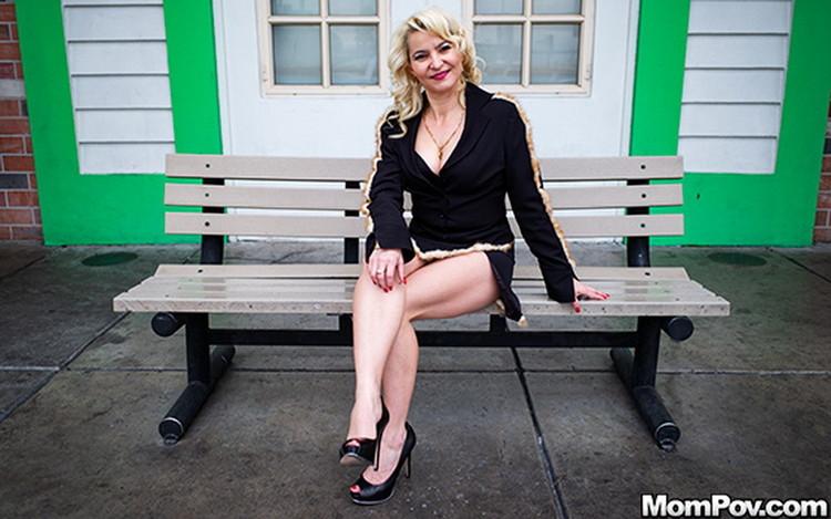 MomPov: Anastasia - Sexy all natural Euro MILF [SD|404p|851 MB]