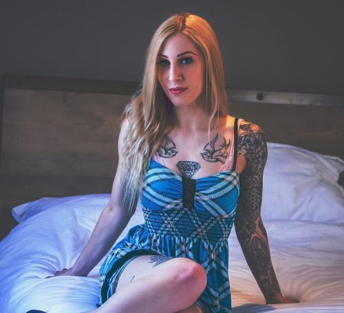 Cassie Cloutier - My Wife's Massage E2 (FullHD)
