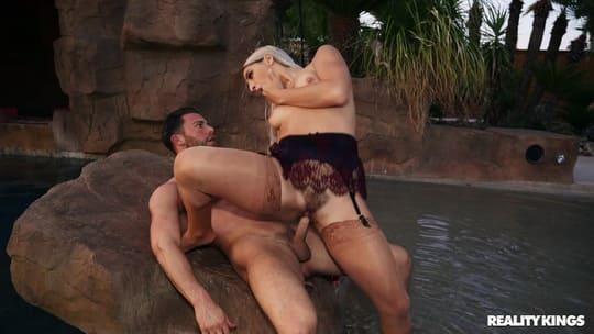 Abella Danger Loves Dick in Her Ass on a Hot Summer Night